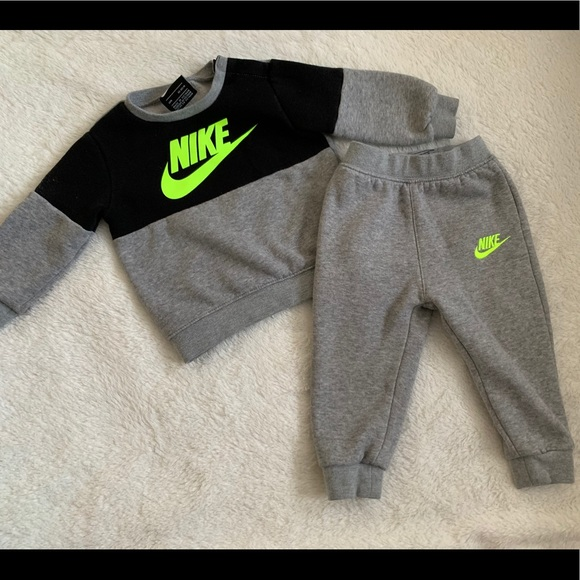 Nike Other - 18 month Nike outfit